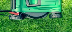 Top 5 Benefits of Battery-Powered Lawn Mower and Garden Equipment